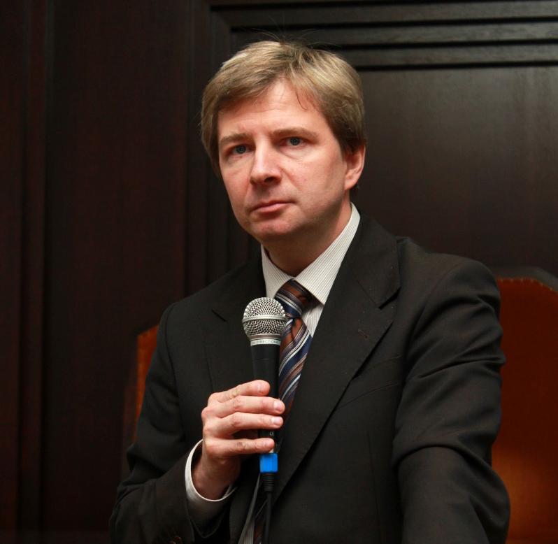 Prof. Dr Hab. Jacek Gołaczyński